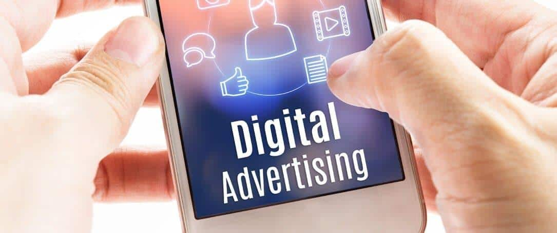 Who's winning the Traditional v/s Digital Advertising War in UAE?
